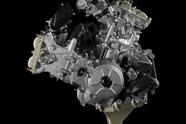 DucatiMotoreSuperQuadro1