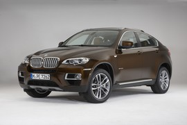 BmwX6RED00001