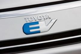ToyotaRav4Ev00021
