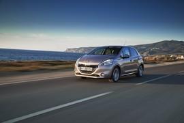 Peugeot208neopatentati0001