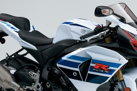 SuzukiGSXR1000SpecialEdition-001