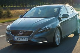 VolvoV40D2023 cover