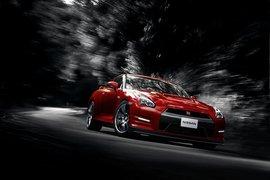 NissanGT-R2014-apertura