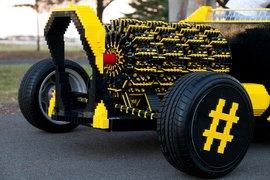 Legocar-apertura