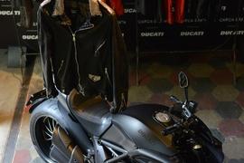 02_Ducati - Giorgio Brato