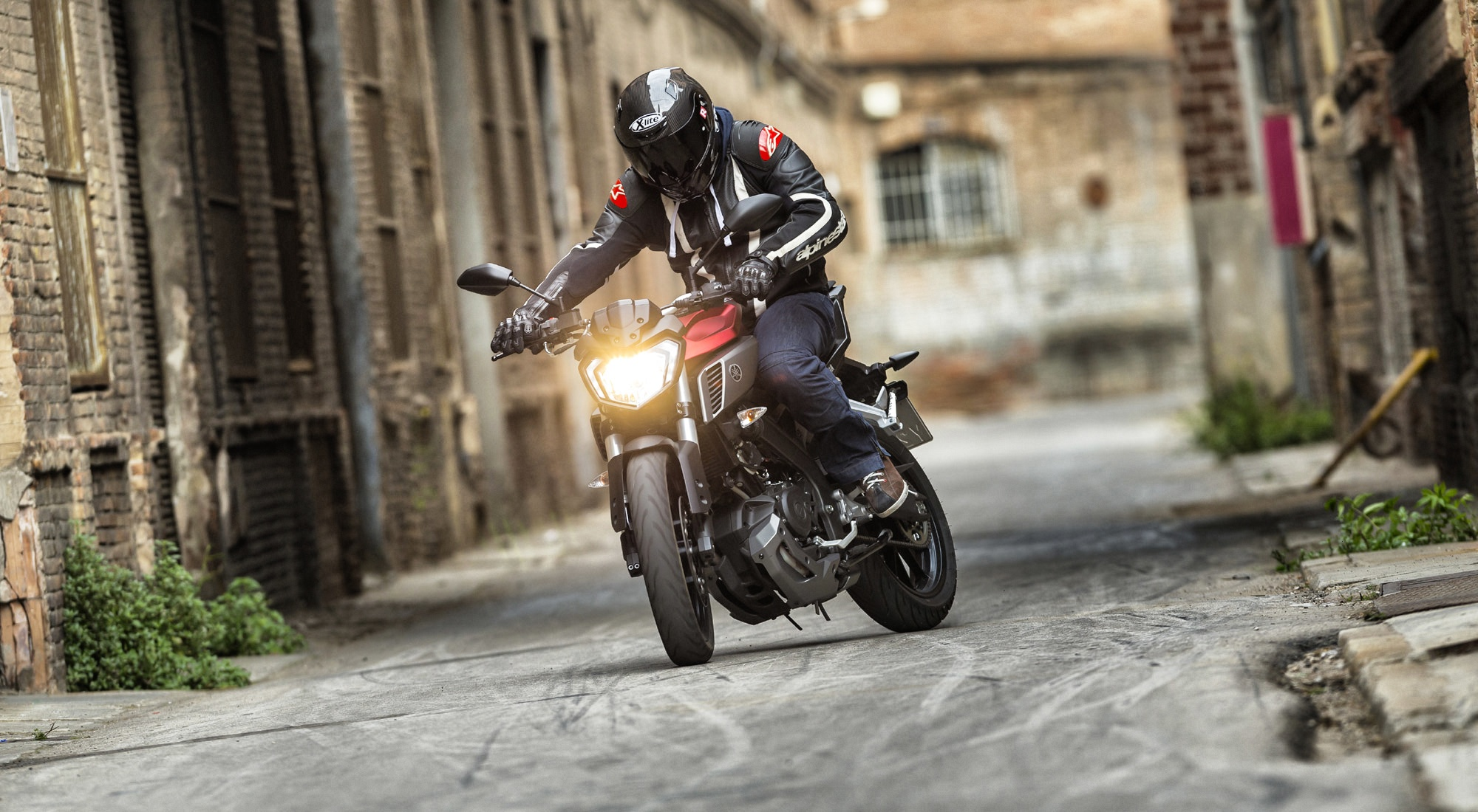 naked girl on moto