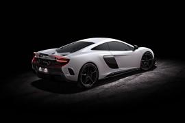 McLaren675LT-apertura
