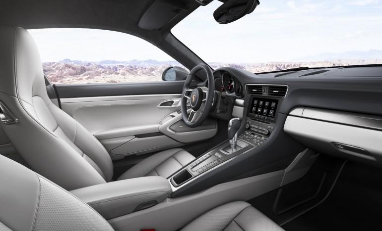 Porsche911CarreraS2016-004