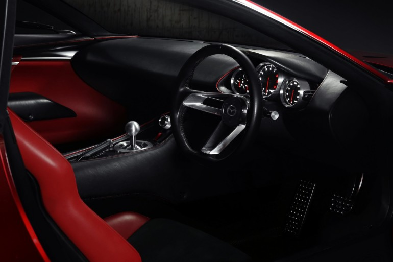 MazdaRXVision-007