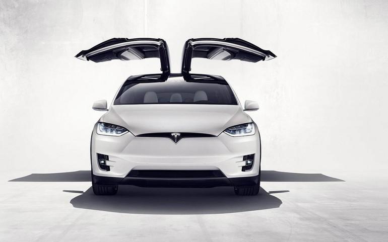 TeslaModelX2016-001