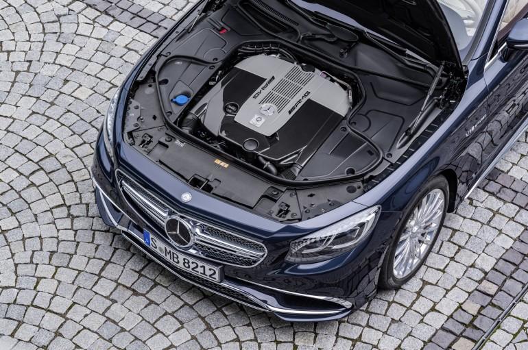 Mercedes-AMG S 65 Cabrio, V12-Biturbomotor, 463 kW (630 PS), 1000 Nm V12 biturbo engine,