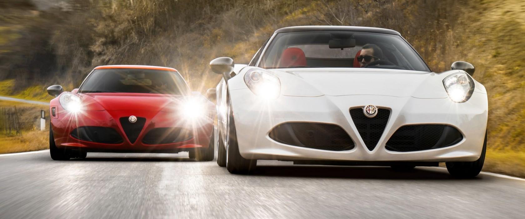 2016 Alfa Romeo 4C (left) and Alfa Romeo 4C Spider (right)