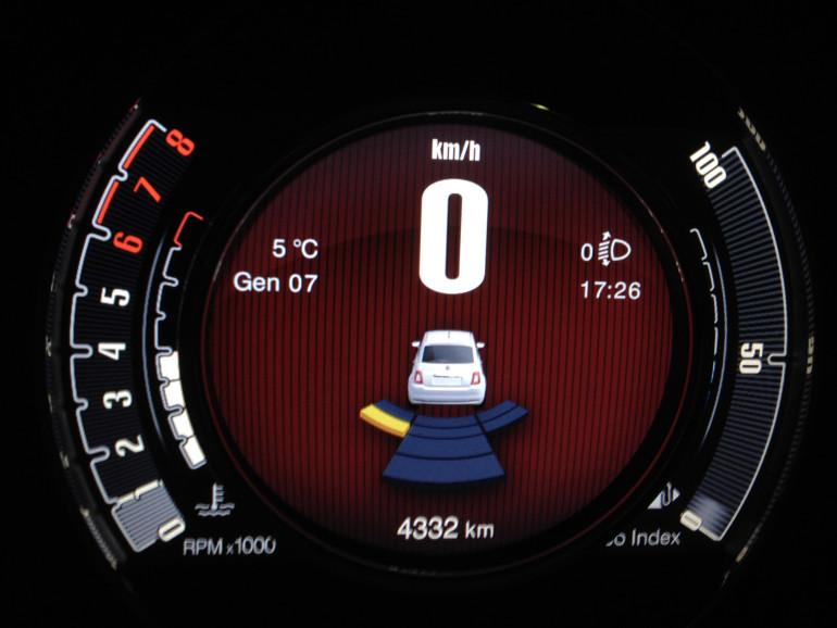 500 Sensore parcheggio
