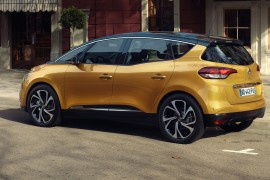 RenaultScenic-apertura2