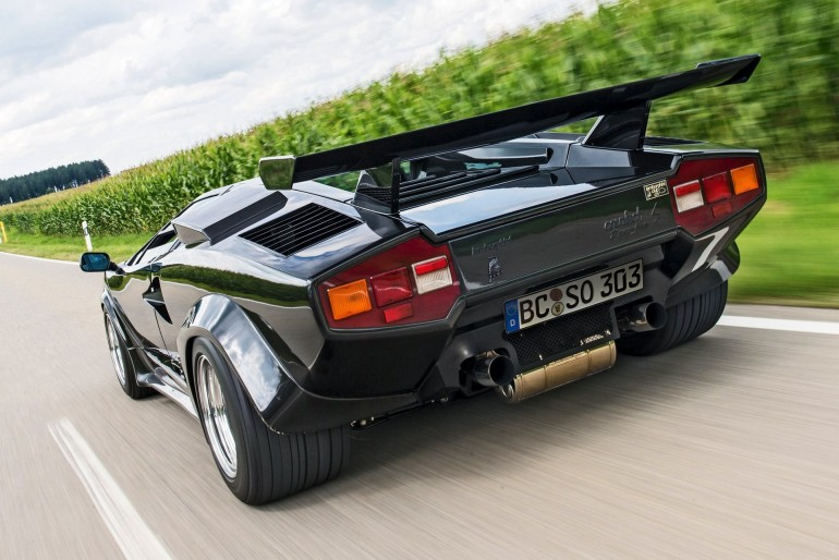 Lamboghini Countach LP Turbo S-001