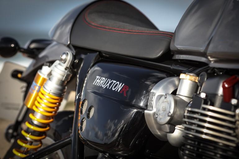 TriumphThruxtonR-2016_14