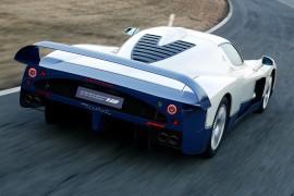 MaseratiMC12-apertura