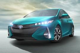 ToyotaPriusPrime-apertura