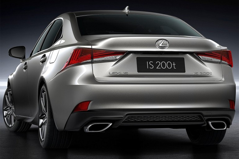 LexusIS2017-002
