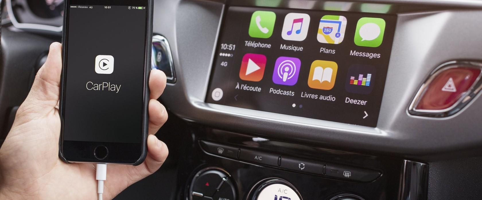 come funzionano apple carplay android auto mirrorlink motorpedia red live. Black Bedroom Furniture Sets. Home Design Ideas