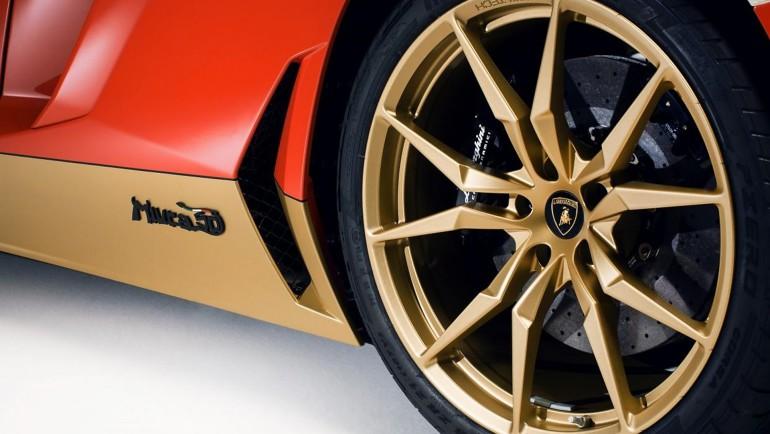 LamborghiniAventadorMiuraHomage-005