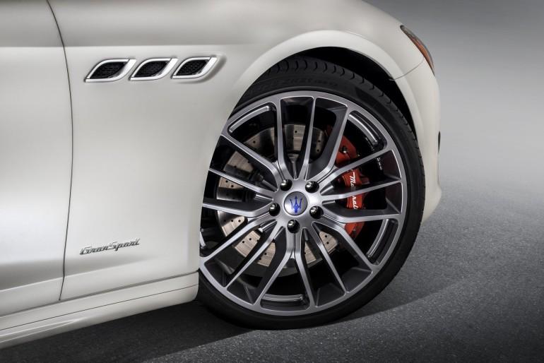 MaseratiQuattroporte-006