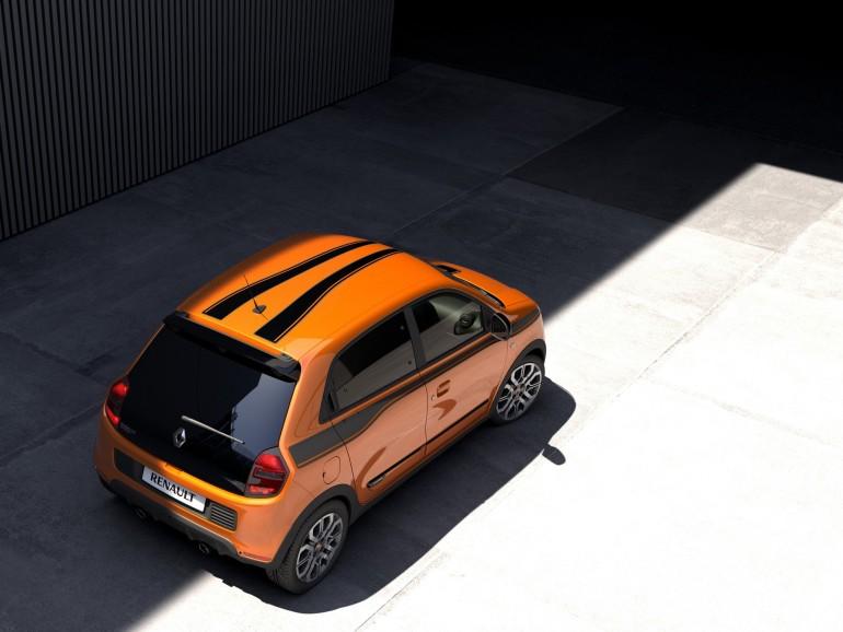 RenaultTwingoGT-001