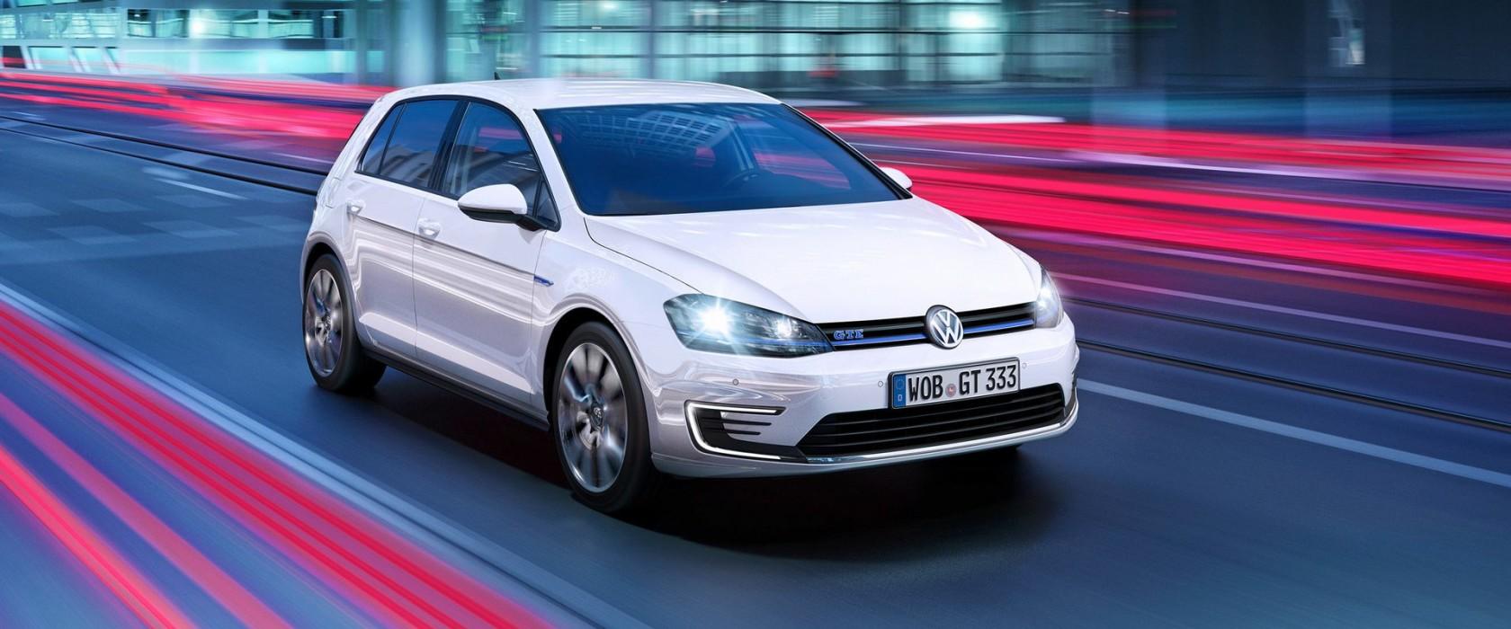 VolkswagenGolf-apertura