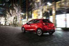 Mazda2-01