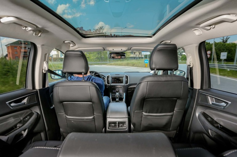 FordSMaxAWD-018