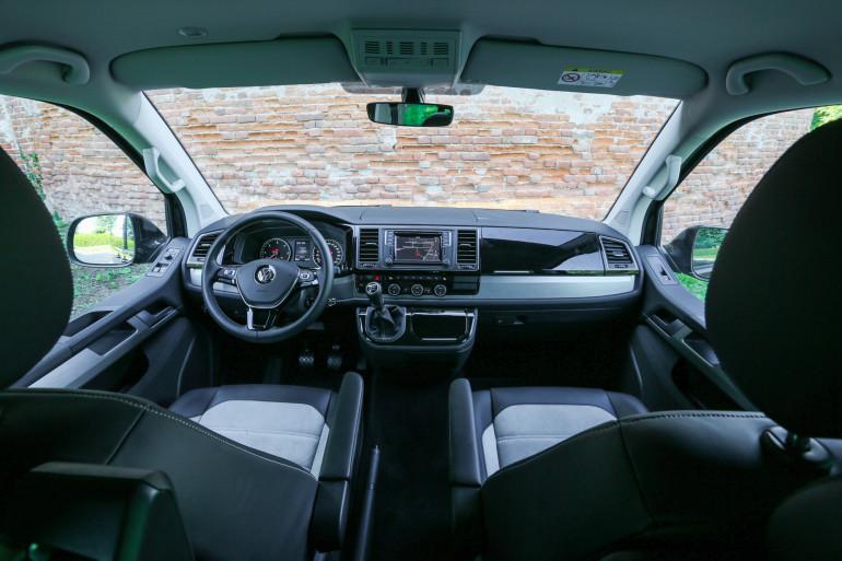 Volkswagen Multivan-9