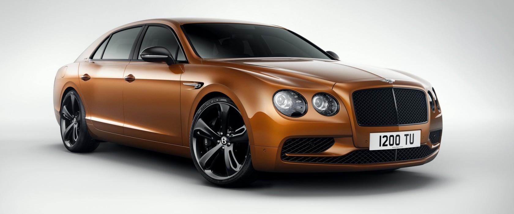 BentleyFlyingSpurW12S-apertura