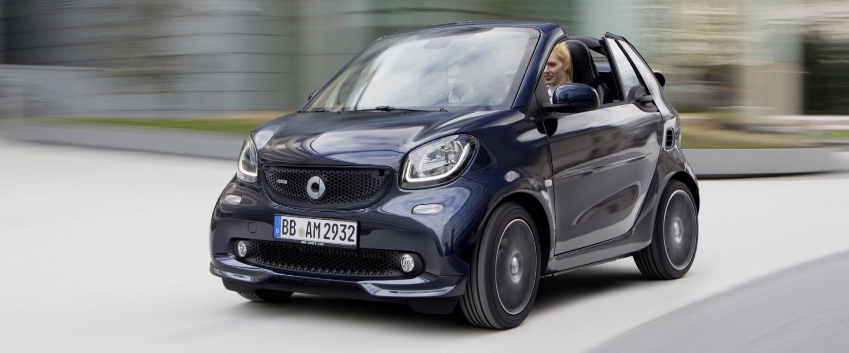 smart BRABUS cabrio Xclusive, 2016, tailor made dark blue shiny ;  smart BRABUS cabrio Xclusive, 2016, tailor made dark blue shiny;