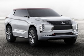 MitsubishiGT-PHEV-apertura