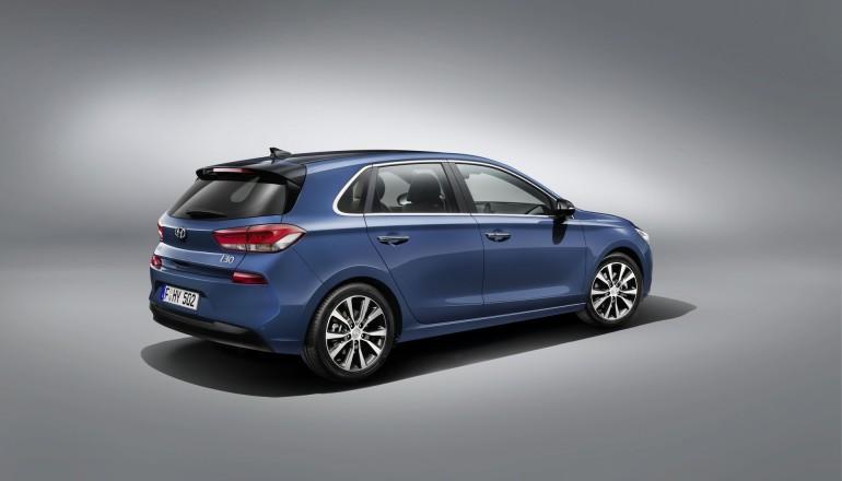 Hyundaii302017-001