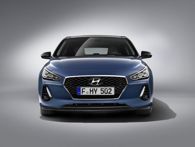 Hyundaii302017-002
