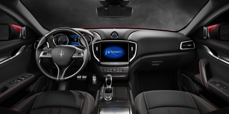 MaseratiGhibliMY17-003