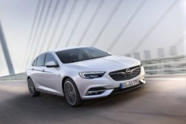 Opel Insignia Grand Sport: rivoluzione premium