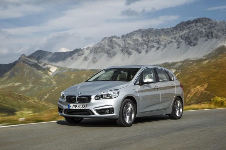 BMW225xe-005