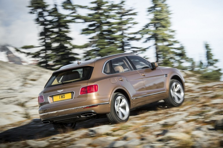 BentleyBentayga-008