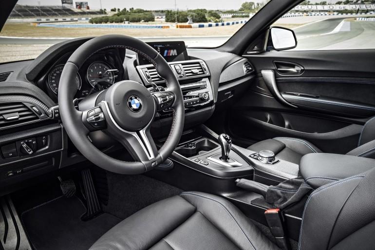 BMWM2-016