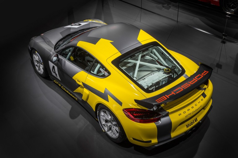 PorscheCaymanGT4Clubsport_002
