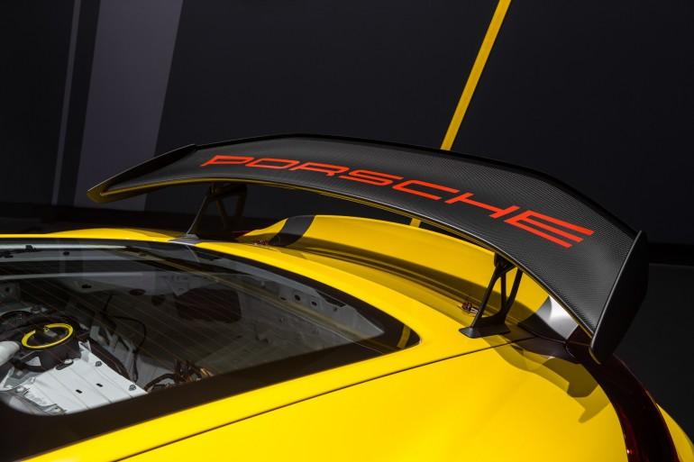 PorscheCaymanGT4Clubsport_004