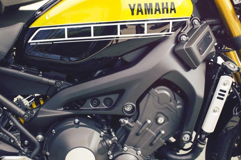 YamahaXSR900-007