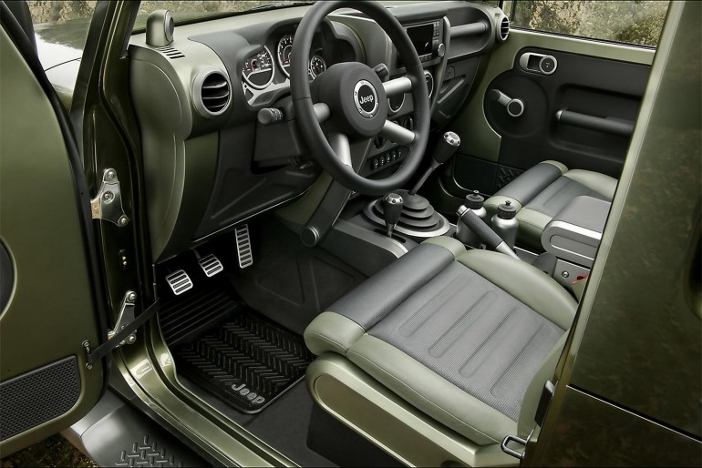 2005 Jeep(R) Gladiator Concept Vehicle.