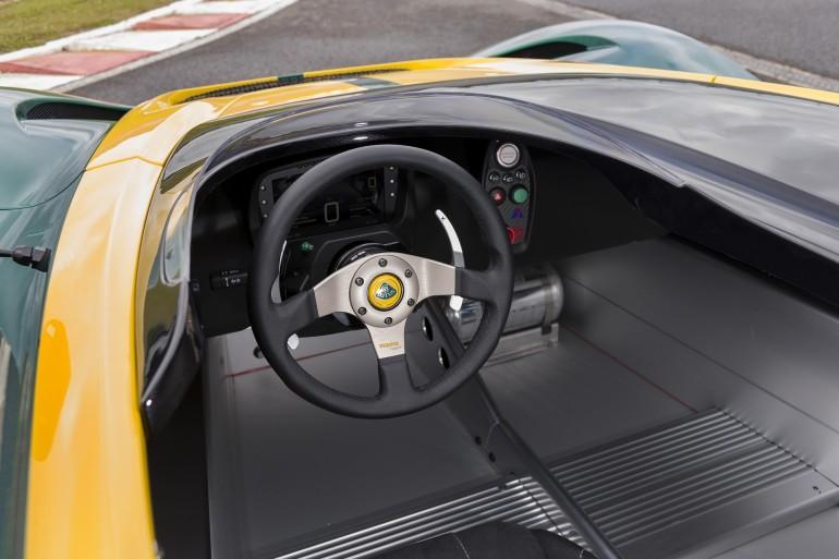 Lotus3-Eleven2016-006