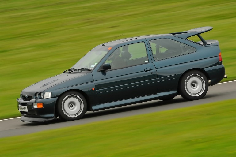 Ford Escort RS Cosworth-001