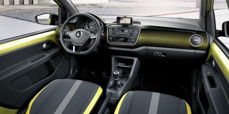 VolkswagenUp2016-008