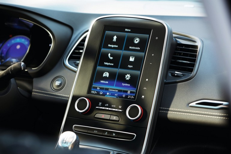 RenaultScenic2016-016