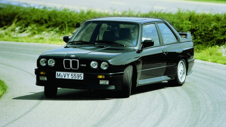 BMWM3E30-001